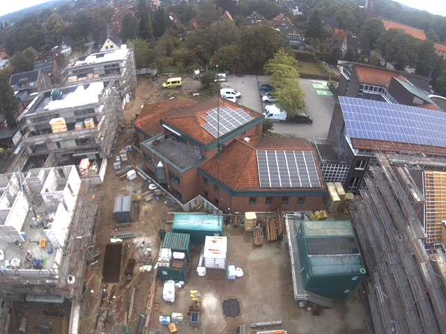 Luftbild vom aktuellen Stand der Arbeiten am Neubau des Küstengymnasiums Neustadt in Holstein